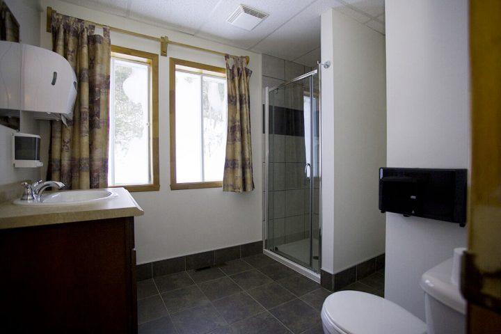 amik chalets lanaudiere salle de bain 7 3