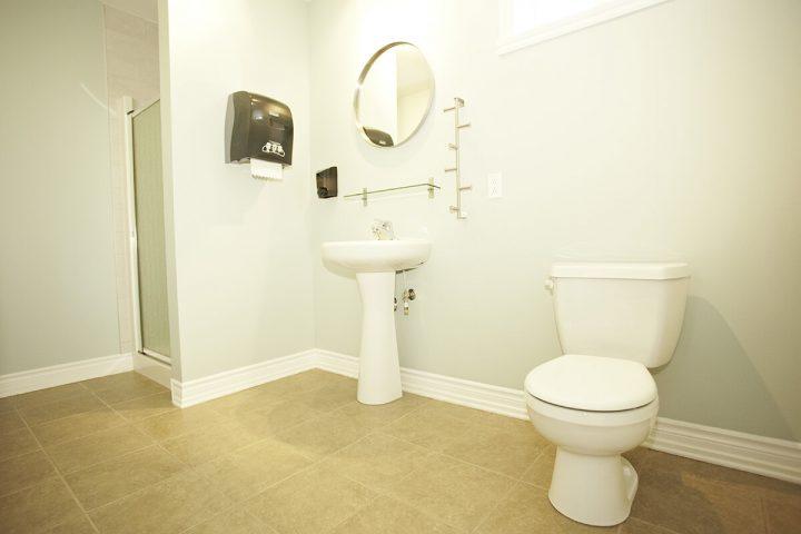 falaise chalets lanaudiere salle de bain 9 1