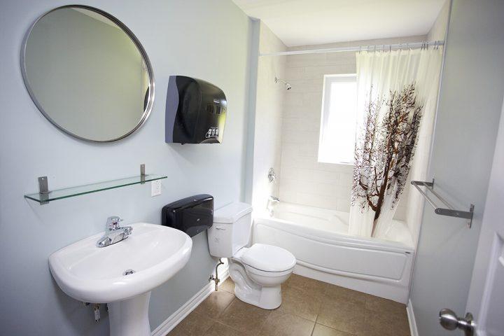 riverain chalets lanaudiere salle de bain 8 1