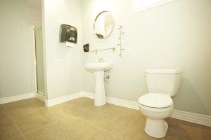 rocher chalets lanaudiere salle de bain 9 1