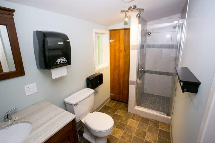 st hubert chalets lanaudiere salle de bain 7 1