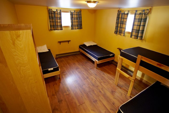 villa des pins chalets lanaudiere chambre 8 1