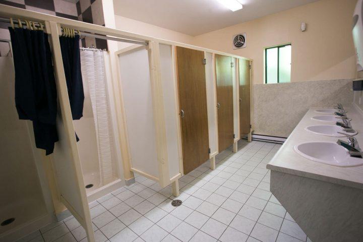source chalets lanaudiere salle de bain 1