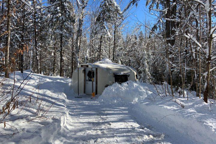 voliere chalets lanaudiere exterieur hiver jour