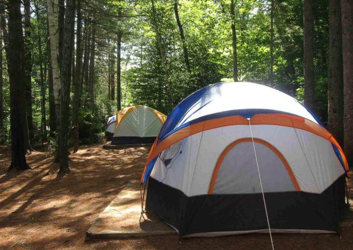 Hébergement location d'un emplacement de camping chez Chalets Lanaudière